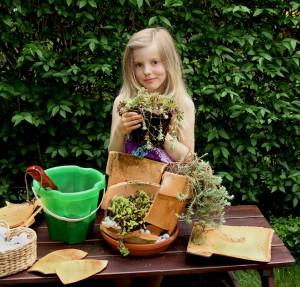 "Macht auch Kindern Spaß: Unser ""experimenteller Blumentopf"" | © phlora.de / Torsten Meise"