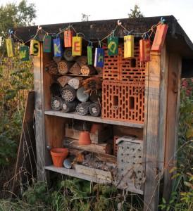 Insektenhotel deluxe | Foto: Dr. Klaus Uwe Gerhardt / pixelio.de