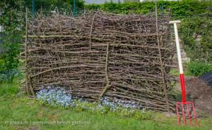 Sichtschutz aus Baumschnitt