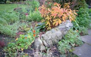 Naturstein-Stele, unzerstörbar